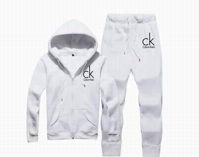 82c0a95273 survetement Calvin Klein noir et or pas cher,jogging Calvin Klein bebe pas  cher,survetement tn ...